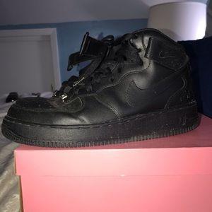 Black Air Force Ones High